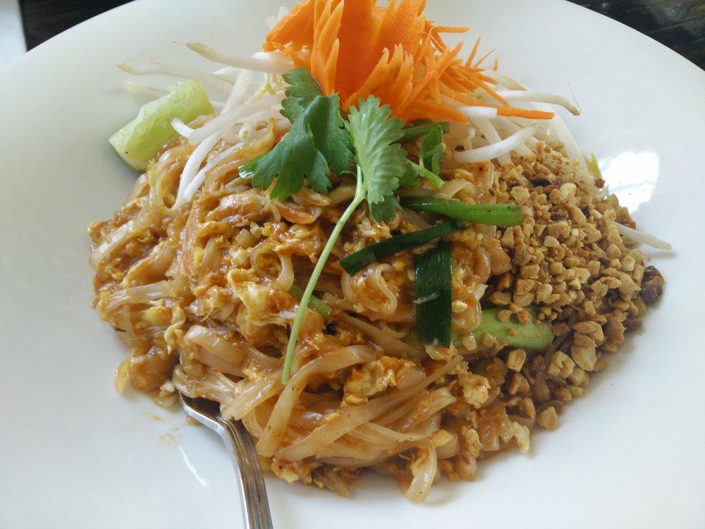 Charm thai eatery la best thai restaurants for Authentic thai cuisine los angeles ca